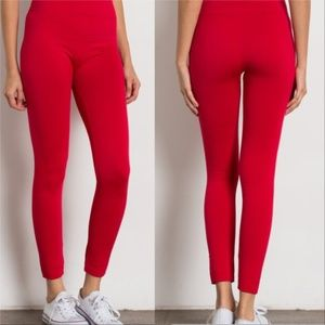 RED FLEECED LEGGINGS